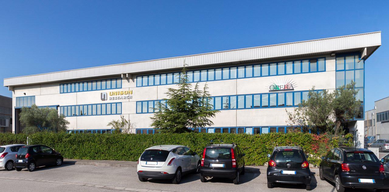 Unison Reseach és Opera Loudspeakers gyár Trevisoban